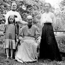 Four generations. Back: Rhea Laura Linn, Melzer, Ellen Frances Goodman Linn. Front: Lowanda Linn, Clarissa Caroline Heilig Goodman (seated).